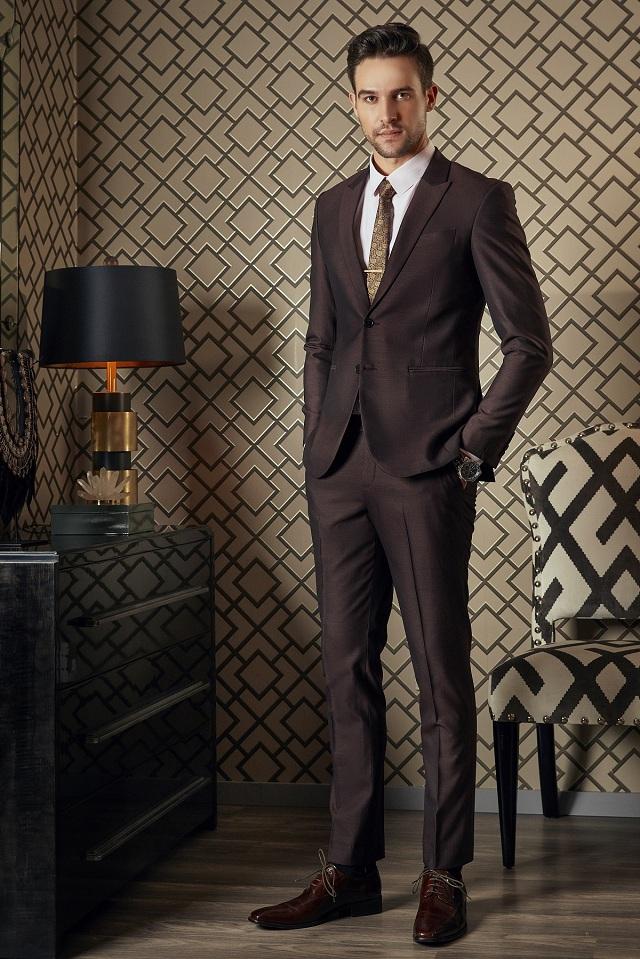 Bộ Suit Cao Cấp Màu Tím Rượu