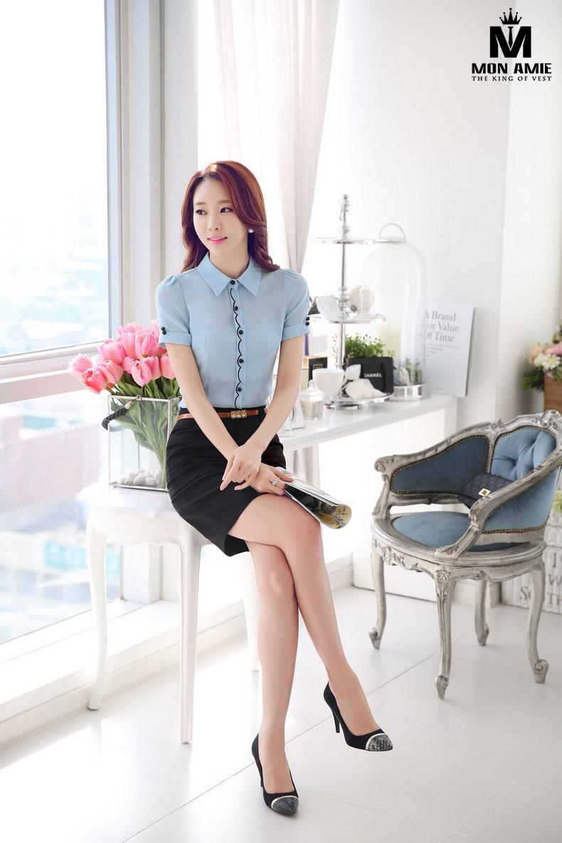 Mon Amie là một trong những shop đồ công sở nữ TPHCM cung cấp dịch vụ may đo váy nữ công sở đẹp.