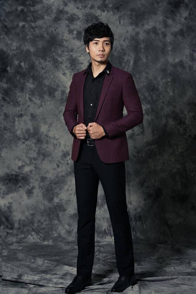 Rất khó để bạn có thể tìm được một bộ Suit nam đúng màu, đúng kiểu khi đi mua suit nam may sẵn.