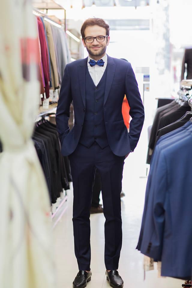 Đa phần khách hàng quan ngại khi phải bước vào những tiệm may suit nam nổi tiếng và lớn, bởi vì giá thành bộ suit nam thường cao ngất ngưỡng.
