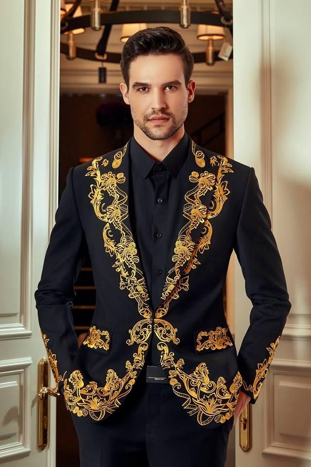 Bạn đang cần may suit nam đẹp tại TPHCM? Hẳn chí có Mon Amie Veston mới có thể cung cấp cho bạn những bộ suit nam đẹp phá cách đến nhường này.