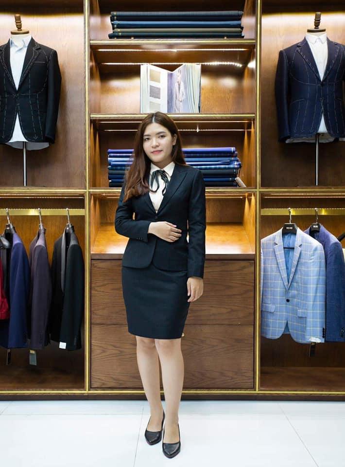 Mon Amie Veston là công ty đã có trên 25 năm kinh nghiệm trong việc may vest nam, vest nữ đồng phục theo yêu cầu.