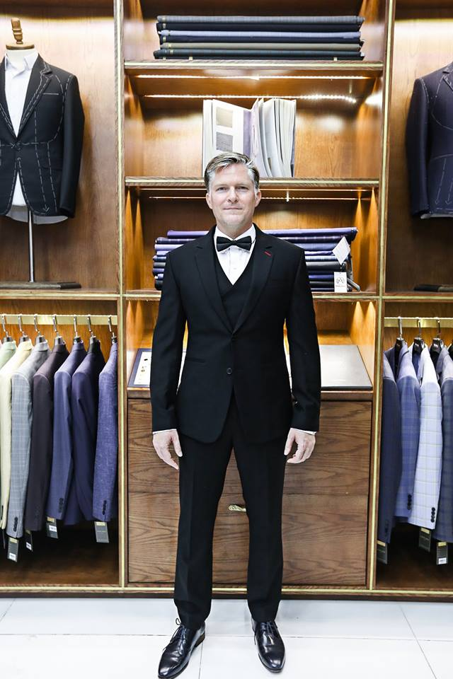 Tailored suit gives the best performance for your wedding and it's also a long-term investment.