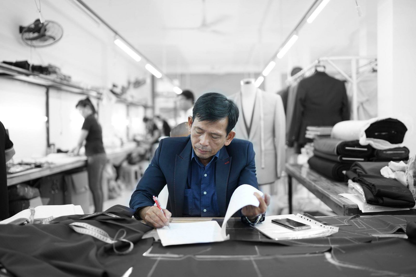 It's not easy to find the best tailor in Ho Chi Minh City