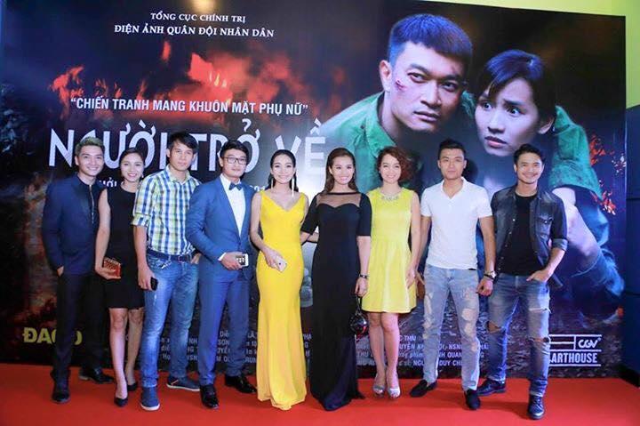 Diễn viên Quốc Thái cùng trang phục Mon Amie
