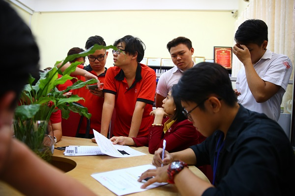 Công ty may đồng phục số 1 tại quận 5 TPHCM - May đồng phục tại trường ĐH Y Dược