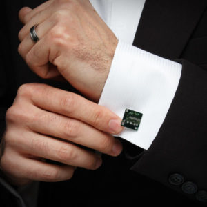 3 loại phụ kiện dễ dàng phối hợp với suit và tuxedo mà bạn nên có