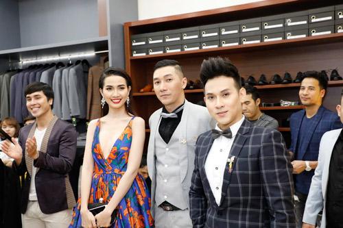Mơ Phan nóng bóng dự khai trương thương hiệu Mon Amie.