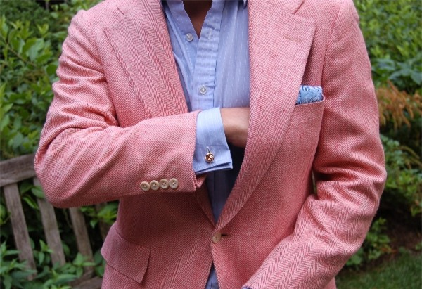 Suit Màu Hồng Xu Hướng Thời Trang 2017