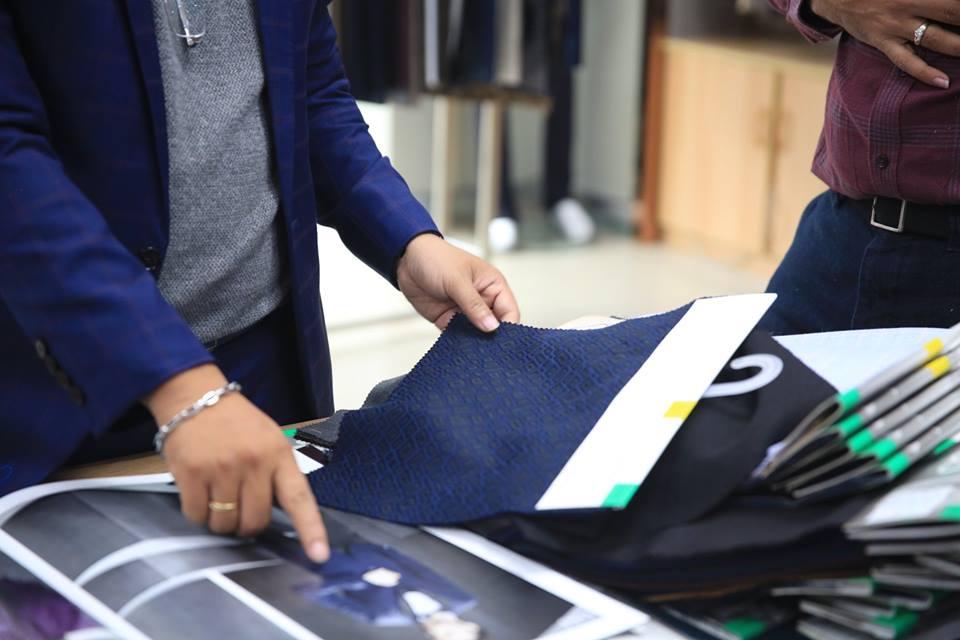 Bí kíp bỏ túi – Chọn vải may mặc vest-quần tây đẹp chuẩn không cần chỉnh