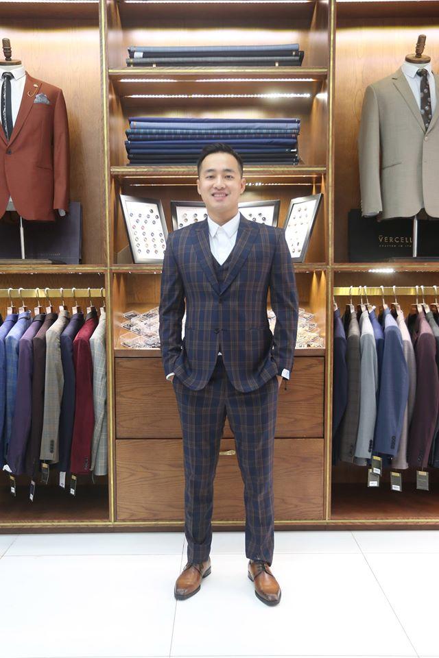Bộ Suit Caro Trẻ Trung Hiện Đại