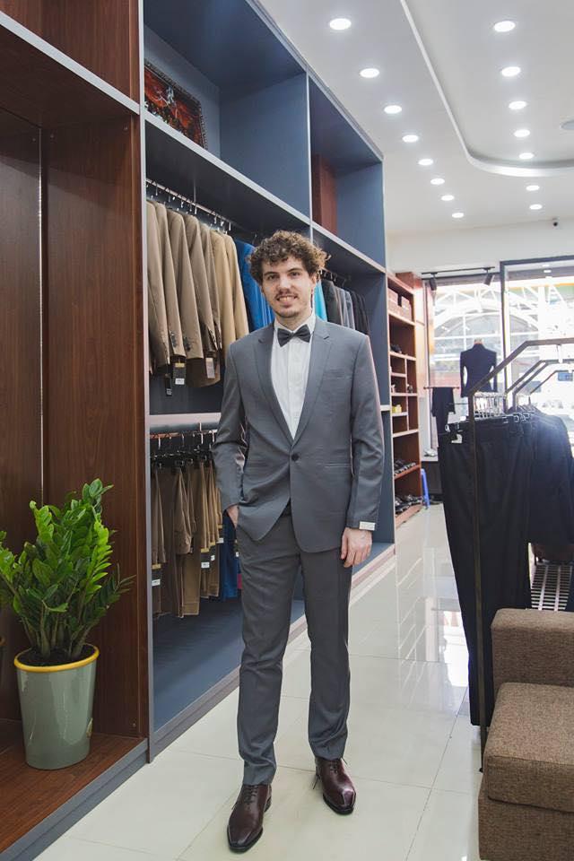 Suit Xám Dự Tiệc Trẻ Trung Sang Trọng