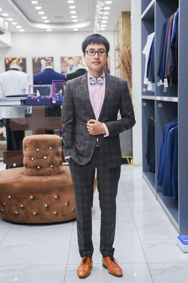 Suit Caro Cho Chú Rể Hiện Đại