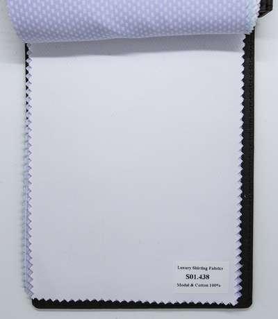 Mẫu vải may áo sơ mi trắng sọc xéo đẹp S01.438
